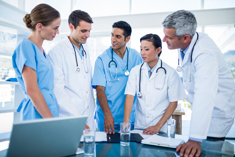 O que tecnico de enfermagem do trabalho faz